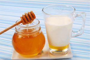 برای تهیه سریع یک لیوان شیر عسل خنک چه راه هایی پیشنهاد می کنید